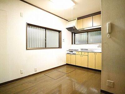 品川区二葉一丁目 快適に過ごす条件は、一人ひとり違います。飾リ過ぎないシンプルな内装と偏り過ぎないデザインで統一して…