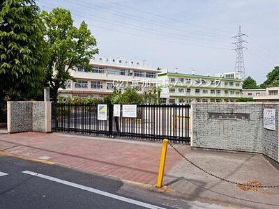 川口市東本郷 中古一戸建て 新郷小学校まで1153m、新郷小学校1153m(徒歩15分)