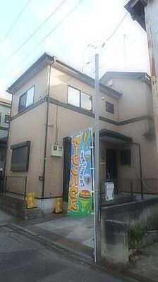 鳩ヶ谷駅徒歩11分の中古戸建 川口市大字里 閑静な住宅街に映える外観