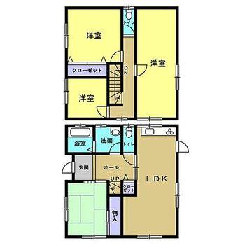 伊那市美篶 戸建て 【間取図】2階に洋室3つ、1階に和室が1つの4LDKの住宅です。約15帖のリビングには南側にサンルームがあり、窓に囲まれ開放的なので、より広い空間に感じさせてくれます。
