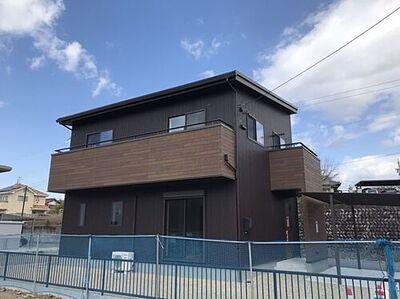 美濃加茂市本郷町3丁目 新築住宅 ネット・ゼロ・エネルギー・ 高効率な設備導入により大幅な省エネルギーを実現した上で、再生可能エネルギーを導入することにより、年間の一次エネルギー消費量の収支がゼロとすることを目指した住宅です。