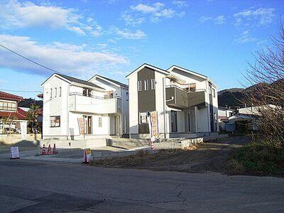 会津若松市花春町第1 1号棟 現地外観写真です。