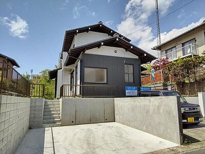 浜松市中区富塚町 戸建て 【リフォーム後/建物外観】外壁塗装済みのため、購入後にご自身で塗装する必要がなく経済的ですよ。