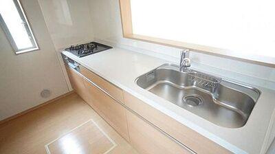 二本松市油井第3 全26棟 25号棟 キッチン 同仕様例 対面キッチンがご家族の温かい時間を演出。