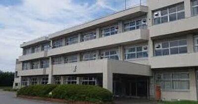 iHouse中富 新築戸建 小学校君津市立貞元小学校まで1463m