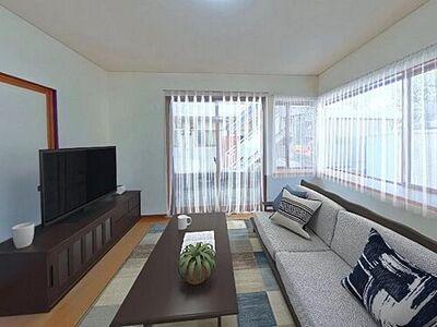富山市安養坊 戸建て 価格には消費税、リフォーム費用を含みます。自社物件につき随時ご案内可能。内覧希望の方はお電話ください。画像は実際の写真に家具や調度品をCG合成したものです。