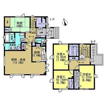 札幌市東区東雁来十条2丁目 戸建て 【リフォーム前間取】1階和室1部屋、2階洋室3部屋の全居室6帖以上の4LDK住宅です。