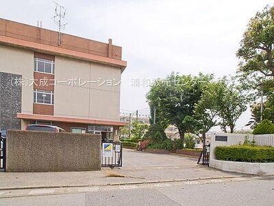 アイビハイツ川口 周辺環境:小学校 650m 新郷南小学校