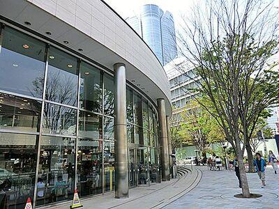 クレール六本木 TSUTAYA TOKYO ROPPONGI