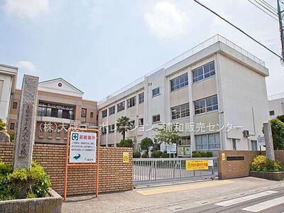 ライオンズステーションタワー北越谷 周辺環境:小学校 550m 大沢小学校