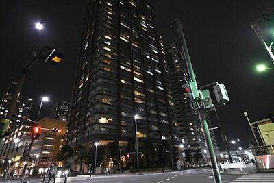 プラウドタワー武蔵浦和ナリア・ガーデン 利便性と穏やかな暮らしを享受するバランスのとれた立地。