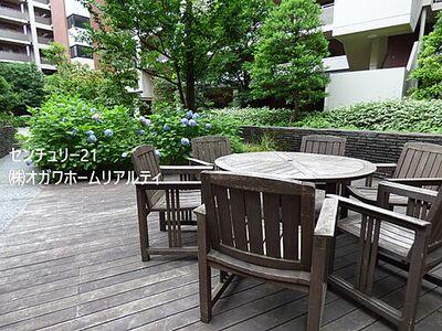 ガーデン・シンフォニー新越谷 中庭