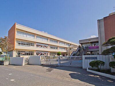 東鷲宮ニュータウン公園通り3-2号棟 久喜市立桜田小学校(610m)