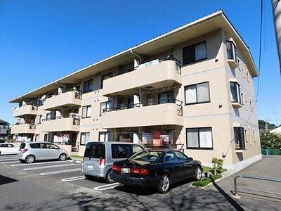 リバーサイドヴィラ西所沢 ~新規リフォーム済~ 低層マンションならではの解放感や穏やかな住環境が広がります。