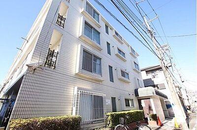 キャッスルマンション梅田 街に溶け合う美しい景観を生みだしているにも関わらず、採光や風通しを考えて設計された間取り。