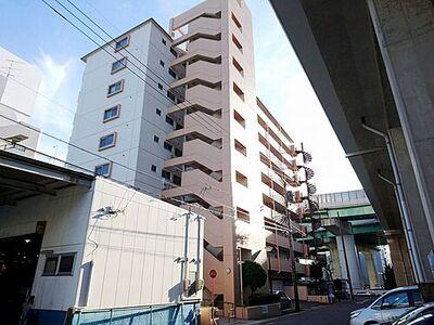 第2上社ハイツ SRC造10階建8階部分。開けた眺望の住まいです。