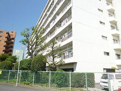 京王北野マンションE棟 北野駅徒歩2分で、通勤通学にも便利です