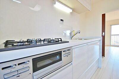 コープ野村夏見1号棟 キッチン等の設備も時代の移り変わりで、機能性が変わります。新築時よりも使いやすく、機能性を上げ、良…