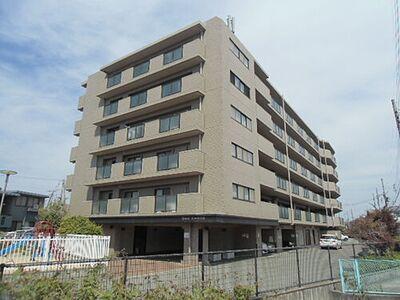 ロワイヤル東加古川II 中古マンション 目の前に公園がある6階建てマンション
